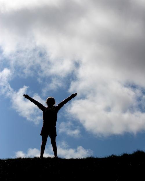 joy silohuette sky
